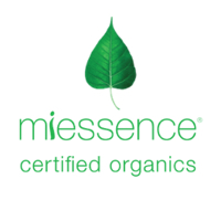 Miessence Organics Make-up pure and natural